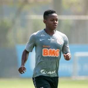 Com seis estrangeiros, Corinthians terá de abrir mão de um por partida