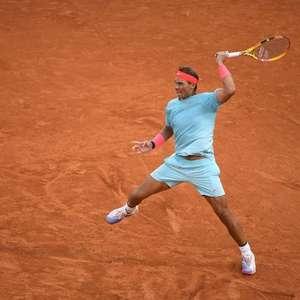Em busca de recorde, Nadal derrota bielo-russo na estreia em Roland Garros