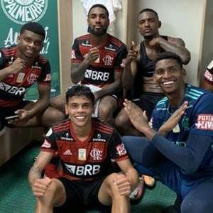 Garotada do Flamengo vai bem dentro de campo, mas diretoria rubro-negra vai mal fora dele