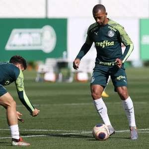 Vai seguir no Palmeiras? Papo entre Vitor Hugo e ...