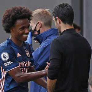 Meia do Arsenal elogia chegadas de Willian e Gabriel ...