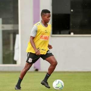 Corinthians treina sistema ofensivo em preparação para o ...