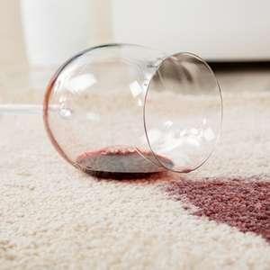 Como limpar tapetes: 6 dicas para facilitar sua faxina ...
