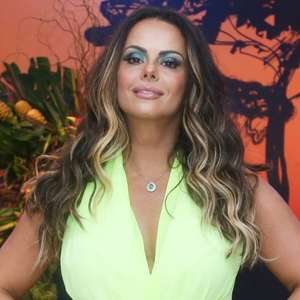 Viviane Araujo revela rinoplastia e início de processo ...