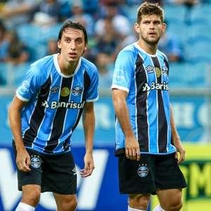 Geromel e Kannemann estão com covid-19 e desfalcam o Grêmio