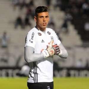Ivan projeta desafio contra Cruzeiro no Mineirão