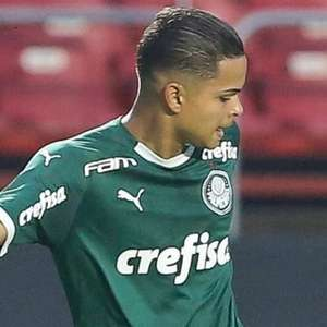 Palmeiras segura jovem atacante após quase ida à Holanda