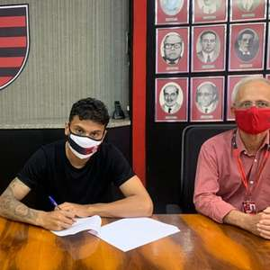 Flamengo renova com volante da Colômbia; contrato vai ...