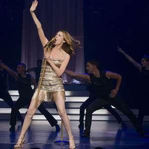 Filme inspirado pela vida de Céline Dion ganha primeiro ...