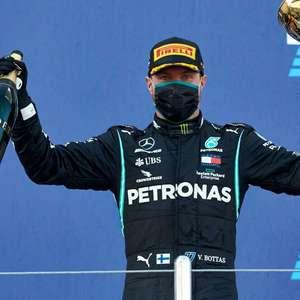 Irreconhecível e fora do padrão, Hamilton assiste grande ...