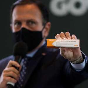 SP assina contrato para receber 46 milhões de doses Sinovac