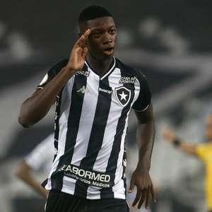Botafogo compra mais 10% dos direitos de Matheus Babi