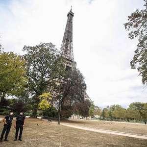 Caça assusta moradores de Paris ao cruzar barreira do som
