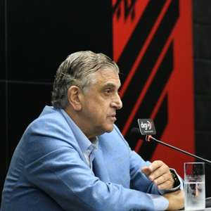 "Petraglia diz que Athletico era ""time de bairro"" antes dele"