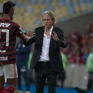 Jorge Jesus admite interesse em contratar Bruno Henrique