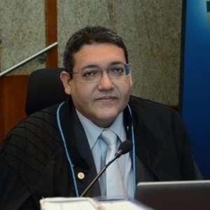 Kassio Nunes defende harmonia e separação entre Poderes