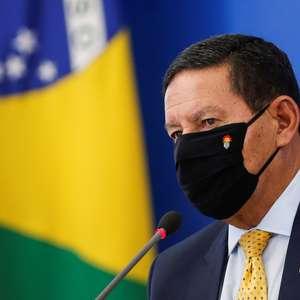"""Mourão nega prorrogação da GLO na Amazônia: """"Vai até abril"""""""