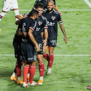 São Paulo bate o Atlético-GO com show dos garotos de Cotia
