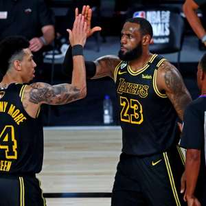 Lakers e Philadelphia 76ers dominam início da temporada