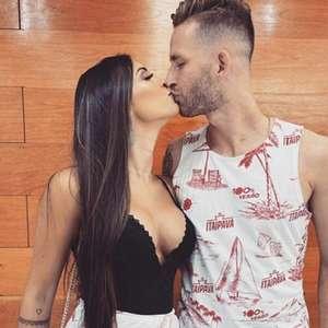 Internauta elogia físico de mulher de Léo Pereira e acaba tomando invertida do zagueiro do Flamengo