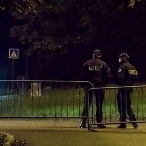"""Homem grita """"Alá é Grande"""" e decapita vítima perto de Paris"""