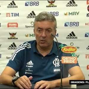 """FLAMENGO: Domènec pede humildade antes de dizer que time 'agora joga com a sua cara': """"Quando empatamos, tinha a minha cara e agora também"""""""
