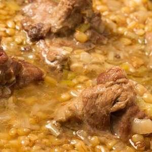 A equipe internacional que decifra receitas culinárias de mais de 4 mil anos