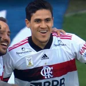 Flamengo goleia o Corinthians e pode dormir na liderança