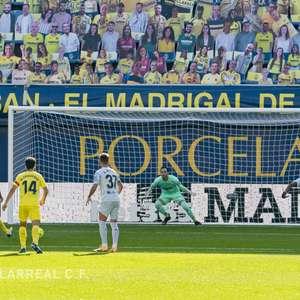 Villarreal vence o clássico contra o Valencia e assume a ...