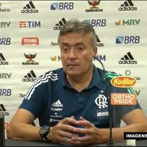 """FLAMENGO: Domènec afirma que pretende poupar jogadores para partida da Libertadores: """"Respeitamos a competição, mas só precisamos de um ponto"""""""