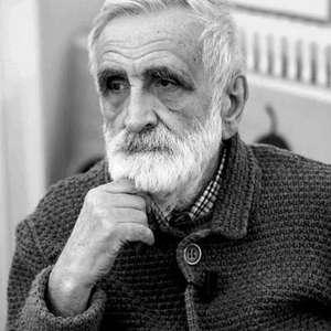 Aos 88 anos, morre lendário designer italiano Enzo Mari