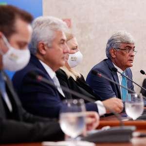 Vermífugo reduz carga viral da covid, diz estudo do governo