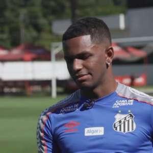 Renyer ficará à disposição no Santos nesta segunda-feira
