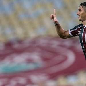 Danilo Barcelos se consolida na lateral e está 'invicto' no Fluminense
