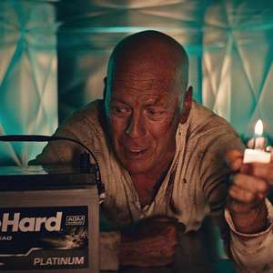 Duro de Matar: Bruce Willis volta a ser John McClane em ...
