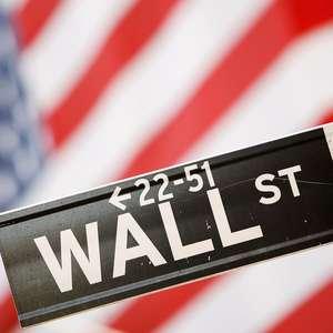 Wall St encerra em alta com esperanças de estímulo