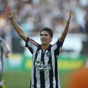 Lúcio Flávio deixa o Paraná para ser auxiliar permanente do Botafogo