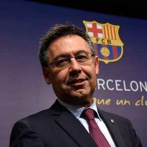 Presidente do Barcelona está isolado com risco de estar ...