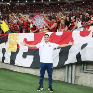 Flamengo renova contrato de Daniel Cabral, campeão ...