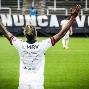 Suspenso no Brasileiro, Bruno Henrique deve ser a referência em equipe alternativa na Libertadores