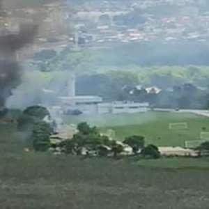 Incêndio atinge terreno vizinho ao CT do Fluminense; ...