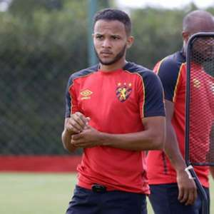 De joia da Vila Belmiro a jogador do Sport: conheça Maxwell