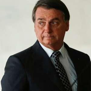 Covid-19: lei criada por Bolsonaro dá poder a Estados e ...
