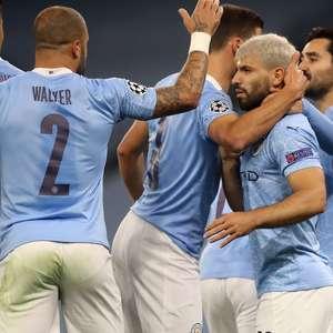 Agüero marca após mais de 7 meses, e City vira sobre Porto