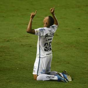 Lucas Braga diz que, mesmo classificado, Santos estava ...