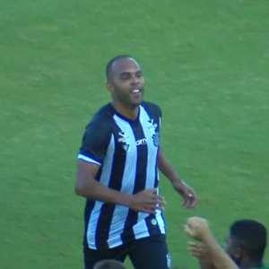 Alecsandro faz o primeiro gol pelo Figueirense que bate o CRB e sai do Z4 da Série B