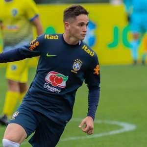 Lateral-direito Khellven se apresenta à Seleção Brasileira Sub-20