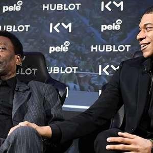 Pelé, 80 anos: como o rei do futebol 'expulsou' um juiz e outras 9 histórias pouco conhecidas
