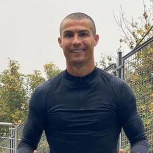 Cristiano Ronaldo testa positivo para covid-19 outra vez