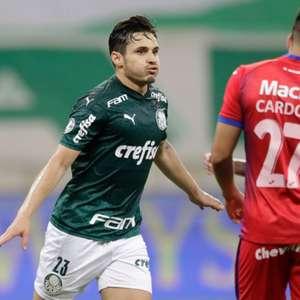 Gabriel Veron se torna o atleta mais jovem a marcar pelo ...